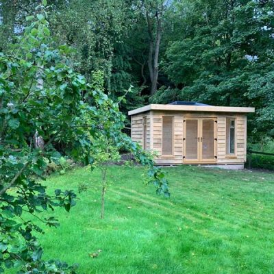 log cabin and podding shed darley dale derbyshire